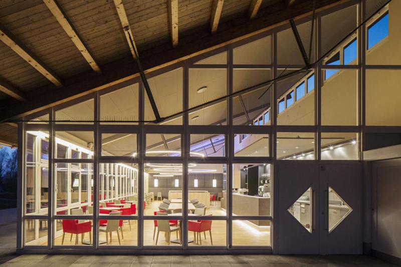 Golf Club Hetzenhof Lorch_ Gaus Architekten Göppingen_01_800px